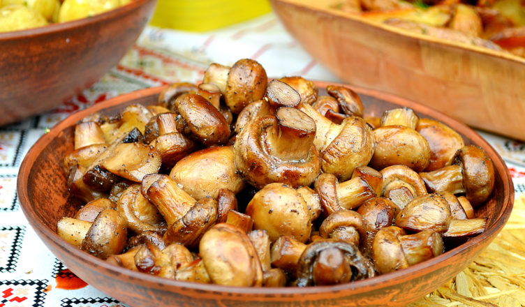 Funghi champignons arrosto, come farli più buoni e più belli