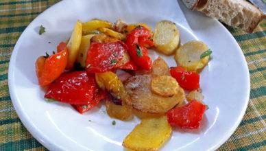 Peperoni e patate in padella alla calabrese