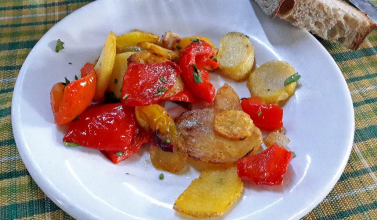 Peperoni e patate alla calabrese