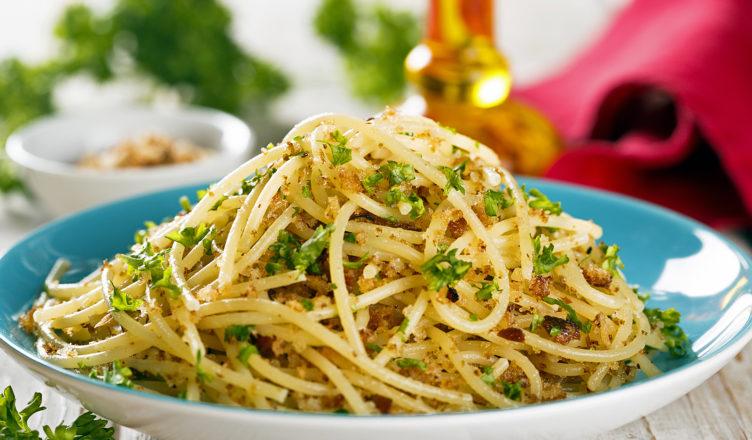 La pasta con mollica e alici