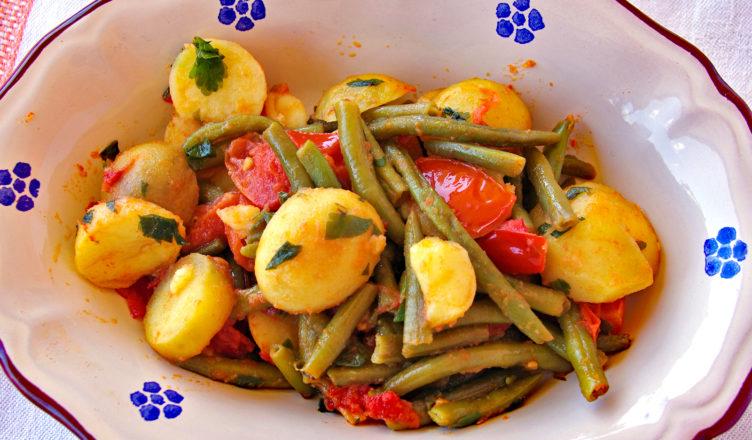 Contorno tipico abruzzese di patate e fagiolini