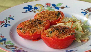 Pomodori gratinati con grissini e parmigiano