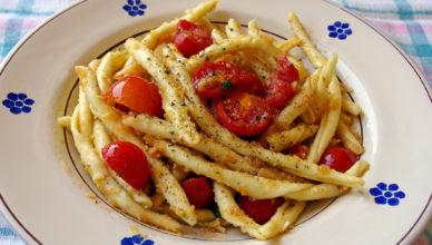 Pasta con pomodorini gratinati