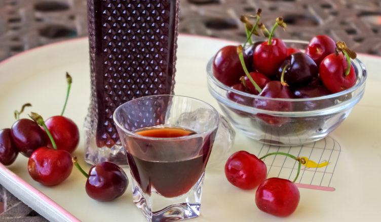 Liquori di ciliegie, ratafia di ciliegie, ciliegiolo