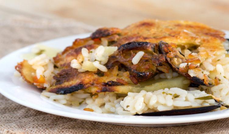 Tiella barese di riso cozze e patate