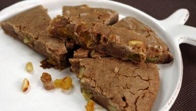 Castagnaccio, la dolce non dolce ricetta toscana
