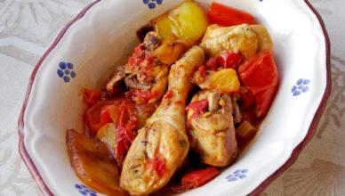 Spezzato di pollo con peperoni alla romana