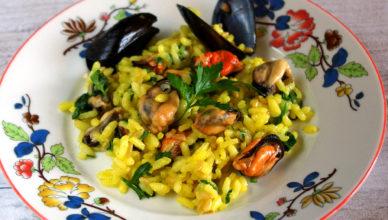 Riso cozze e zafferano, ricetta tradizionale sarda
